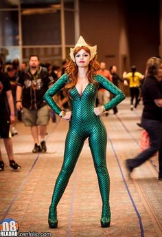Get Ready For The Latest DC Blockbuster Aquaman With Some Hot Mera Cosplay Ideas Mera is a fictional character appearing in American comic . Dc Cosplay, Cosplay Outfits, Best Cosplay, Cosplay Girls, Cosplay Costumes, Aquaman Cosplay, Latex Cosplay, Amazing Cosplay, Geek Girls