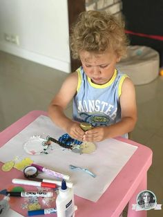#DIY #zrobionezdziecmi #tutorial #laurka #kartka Birthday Candles, Diy, Bricolage, Do It Yourself, Homemade, Diys, Crafting
