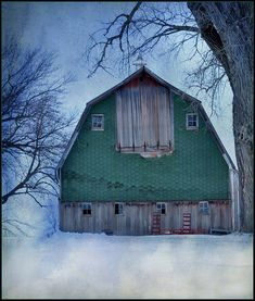 green barn . . . very charming!
