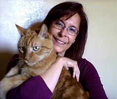 Me and the love of my life Luke preparing for a @socialchats with @susyrosado @knowaging and @cynthiakseymour while in #westphoenix #arizona.  #throwbackthursday #tbt #debbieelicksen #socialchats #cats #orangecat #catsofinstagram #webshow