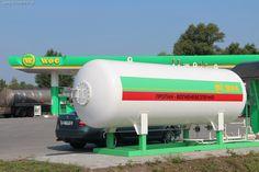 По состоянию 19 октября 2015 г. цены на бензин и дизпопливо остаются стабильными, в то время как на пропан-бутан повышаются каждый день. Так, на заправках одного из столичных операторов зафиксирована цена 10,40 грн. за литр газа. На специалилированных заправках сжиженным газом стоимость в Киеве составляет 9-10 грн. за литр.