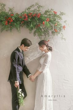 Korean Wedding Photography, Wedding Couple Poses Photography, Wedding Picture Poses, Outdoor Wedding Photography, Funny Wedding Photos, Bridal Photography, Family Photography, Wedding Pictures, Pre Wedding Poses