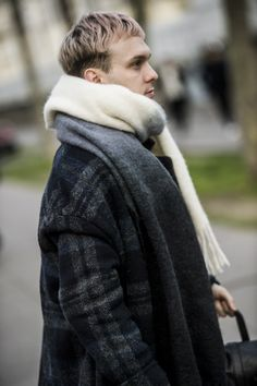 6e49cf73ee The Best Street Style From Paris Fashion Week