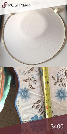 """14kt white gold Omega chain with lobsterclasp 20"""" 14k White Gold Omega Necklace 20"""". Never worn 14kt white gold. NEED TO CONFIRM WITH JEWELER THAT IT IS 14k. Can't see any markings. I purchased it for over $500 5 yrs ago. Will update soon 1/10/17 Jewelry Necklaces"""