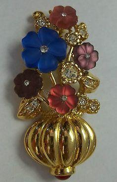 Vintage TRIFARI Brooch Molded Glass FLOWERS Rhinestones