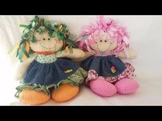 Como Fazer : Boneca de Pano / Boneca Maricota [ Handmade dolls ] Doll Videos, Raggedy Ann And Andy, Soft Dolls, Doll Clothes Patterns, Fabric Dolls, Diy Toys, Handmade Toys, Puppets, Diy And Crafts
