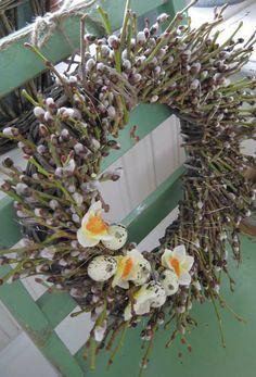 so very pretty easter wreath