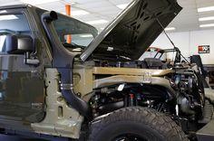 K&N Jeep Wrangler snorkel air intake with fender removed