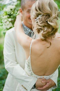 wavy bridal updo // photo by JeffLovesJessica.com // hair by Samantha Palumbo