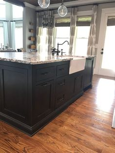 Black Kitchen island with Seating. Black Kitchen island with Seating. 10 Black Kitchen islands with Seating We Can T Stop Crushing Primitive Kitchen, Rustic Kitchen, New Kitchen, Kitchen Nook, Kitchen Redo, Kitchen Art, Best Kitchen Cabinets, Kitchen Tiles, Kitchen Design