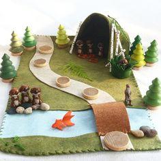 Whimsical Ways: More Otter Play Ideas Felt Play Mat, Play Mats, Mini Mundo, Felt House, Small World Play, Fabric Toys, Imaginative Play, Creative Kids, Diy Toys