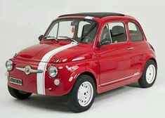 If you're looking for vintage formula cars for sale, then you have come to the right place. Fiat Abarth, Fiat Cinquecento, Retro Cars, Vintage Cars, Carros Vw, Fiat 126, Automobile, Fiat Cars, Vw T1