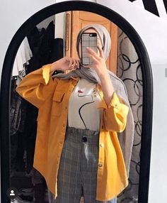 Source by outfits muslim Hijab Fashion Summer, Modern Hijab Fashion, Street Hijab Fashion, Hijab Fashion Inspiration, Muslim Fashion, Look Fashion, Fashion Outfits, Fashion Belts, Hijab Fashion Style