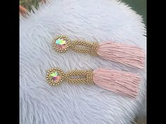 Tutorial Tassel Silk paso a paso Dyi Earrings, Tassel Earrings, Diy Tassel, Tassels, Beaded Jewelry, Beaded Bracelets, Beading Tutorials, Bead Weaving, Jewelry Trends
