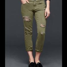 **CLEARANCE** Gap green girlfriend jeans! Distressed fatigues green girlfriend jean - cross between their boyfriend and skinnier styles.  Sizes 28R GAP Jeans Boyfriend