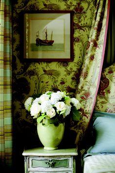Hunterdon wallpaper and fabric from #Fairfax #Thibaut