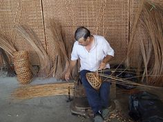 Madeira basket maker. We purchased several of these over 20 yrs ago, still use them, still love them.