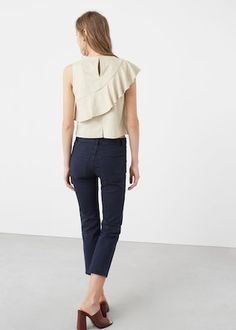 Have a look at our online catalogue and discover the latest fashion trends surfing along the jeans, T-shirts and . Stylish Tops, Casual Tops, Blouse Styles, Blouse Designs, Baby Girl Tops, Mode Hijab, Fashion Sewing, Summer Dresses For Women, Ruffle Top