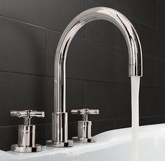 Sutton Deckmount Roman Tub Faucet Set