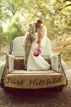 Just Hitched rustic wedding / burlap