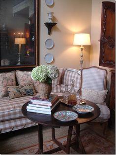 Joni Webb's livingroom before 2011 update. Day bed by Tara Shaw