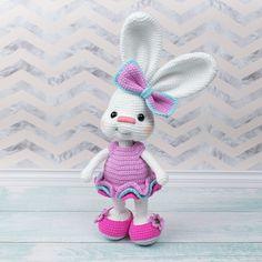 Amigurumi Pretty Bunny in Pink Dress - Free crochet pattern
