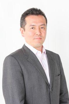 ゲスト◇杉田勇(Isamu Sugita)履歴書に書ききれないくらいの職(いずれもガテン系)を転々とする中で金属加工の世界で面白味を見出し(株)関東精密に入社。その後、白羽の矢が当たり、2007年3月(株)関東精密を買い取ると言う形で代表取締役に就任。その一年後にリーマンショックを経験したが、なんとか持ち直した。 マシニングセンター、平面研削盤、成形研削盤、汎用フライス、ワイヤカット放電加工機、汎用旋盤などを使い、『加工者』兼『営業』兼『経営者』で現在に至る。  「株式会社関東精密」  http://www.kanto-seimitsu.jp
