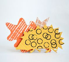 Cardboard animals print making - one of my favourite art ideas for kids this year. Experiment with cardboard, paint, and bits and bobs from around the house