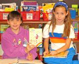 Students choose from a list of creative ways to culminate their reading experience and demonstrate their understanding of the book they read together. Daily 5 Reading, Partner Reading, Guided Reading, Readers Workshop, Writer Workshop, Book Projects, Literacy, How To Plan, Education