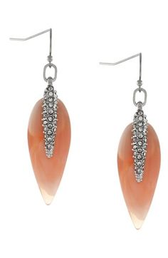 beautiful drop earrings http://rstyle.me/n/wpbsvr9te