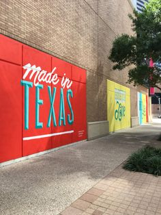 Pandr Murals Celebrating Houston Brightens Up Downtown Graffiti, Tag Art, Mural Art, Wall Murals, Houston Murals, Houston Locations, Street Art, Texas Photography, We Will Rock You