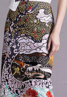 -mary katrantzou - resort 2015 detail #fashion #prints #textiles - Chinoiserie inspired.<3.