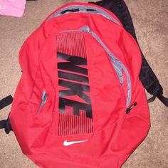 Description  Nike backpack brand new  without  tags never even used ! Has a  big opening and a small opening . e9116da5e7752