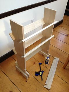 Wood crafty - Collapsable book shelf with diagonal boards, in poplar