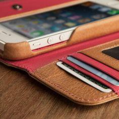 Vind het iPhone hoesje van leer waar jij naar op zoek bent  - #iphone case in leather | Lola Wristlet - iPhone 5s Cases - iPhone 5 Cases; this is everything I could want or need in a phone case - http://lereniPhone5hoesjes.nl