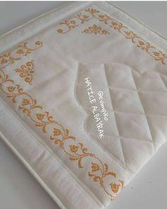 Punjabi Suits Designer Boutique, Crochet Edging Patterns, Crochet Bedspread, Prayer Rug, Cross Stitch Designs, Diy And Crafts, Model, Instagram, Counted Cross Stitches