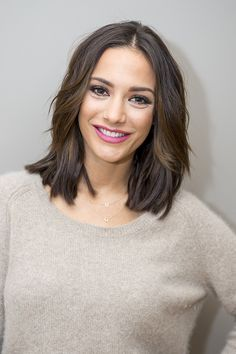 The Saturday's Frankie Bridge has one of the best lob's around and it's all thanks to Gold Class hair extensions.