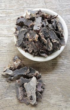 South African Food for Meat Lovers Barbecue Beef Jerky Recipe, Homemade Beef Jerky, South African Dishes, South African Recipes, Oven Chicken Recipes, Dutch Oven Recipes, Salted Caramel Fudge, Salted Caramels, Kitchens
