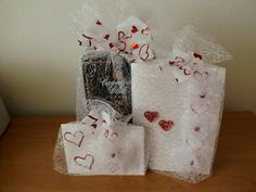 Gift Wrapping, Gifts, Gift Wrapping Paper, Presents, Gifs, Gift Packaging, Present Wrapping, Wrapping Gifts, Gift