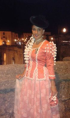 Malaga, Nice Tops, Sew, Victorian, Costumes, Color, Ideas, Dresses, Fashion