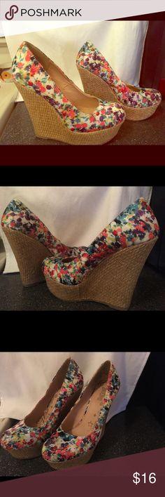 Brash wedge pumps floral sz 6 offers welcome Size 6 brand brash wedges . Bundle discounts :) brash Shoes Wedges