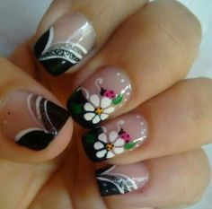 Mani Pedi, Pedicure, Finger, Butterfly Nail Art, Nail Tips, Nail Ideas, Flower Nails, Have Some Fun, Short Nails