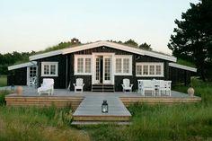 A gorgeous coastal cottage