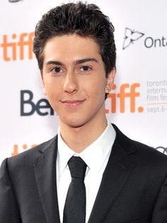 paper towns, your other favorite john green novel, is headed to the big screen!!! Nat Wolff signed on as Quentin