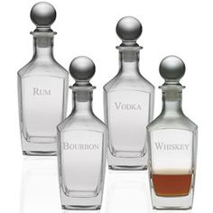Liquor Decanter Set Ideal for Pouring Rum, Whiskey, Vodka or Bourbon. Display This Classy Set Anywhere. Very Durable Decanter Glasses with a Sealing Stopper. Cheap Liquor, Cheap Wine, Crystal Decanter, Wine Decanter, My Bar, Wine Tasting, Glass Bottles, Whisky, Vodka