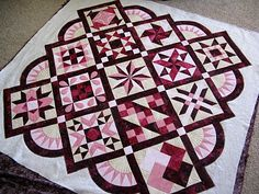 Green Fairy Quilts: Jan's Quilt-gorgeous sampler with super quilting.