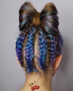 Hair Color balayageHair Color Ideas For Updo Hair And Bun Hair Styles Hair Color balayage Hair Color Blue, Blue Hair, Hair Color Balayage, Hair Highlights, African Hairstyles, Braided Hairstyles, Unnatural Hair Color, Hair Colour Design, Different Hair Colors