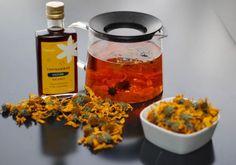 Čaj z topinamburových kvetov a sirupom. Snímka: HN/Marek Kmeť