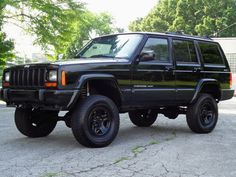 Car brand auctioned:Jeep Cherokee Sport 4WD 4X4 LIFTED! ROAD SURVIVOR! NO RESERVE LIKE NEW TIRES TOW PACKAGE COLD A/C CD-PLAYER RUNS DRIVES GREAT CLEAN View http://auctioncars.online/product/car-brand-auctionedjeep-cherokee-sport-4wd-4x4-lifted-road-survivor-no-reserve-like-new-tires-tow-package-cold-ac-cd-player-runs-drives-great-clean/