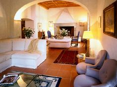 Villa Monty - 20 pax - Gambassi Terme, Florence... http://www.ciaoitalyvillas.com/